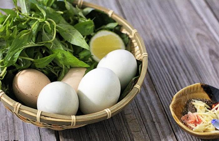 Theo chuyên gia dinh dưỡng cho biết thì trứng vịt lộn chứa rất nhiều dưỡng chất rất tốt cho cơ thể