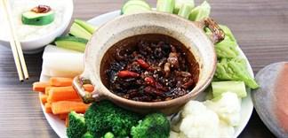 Cách làm món rau củ luộc chấm mắm kho quẹt thơm lừng đơn giản cho bữa trưa