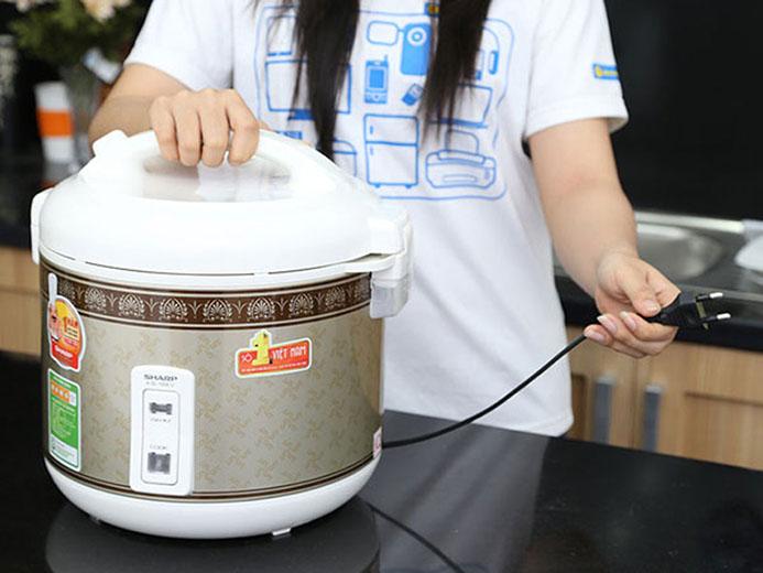 Cách khắc phục nồi cơm điện không vào điện
