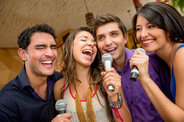 Khả năng kết nối dàn karaoke di động với thiết bị di động