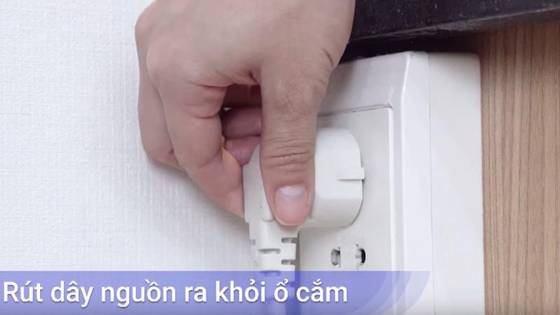Rút điện tủ lạnh