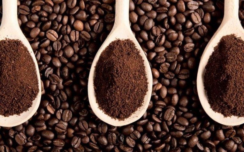 Đuổi muỗi bằng bột cà phê