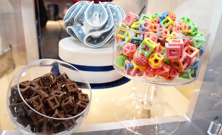 bánh kẹo với nhiều hình dang được in 3D