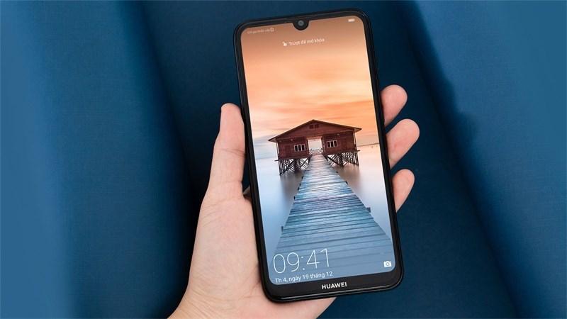 Huawei Y7 Pro (2019) đã có hàng tại các siêu thị, mời bạn đến trải nghiệm