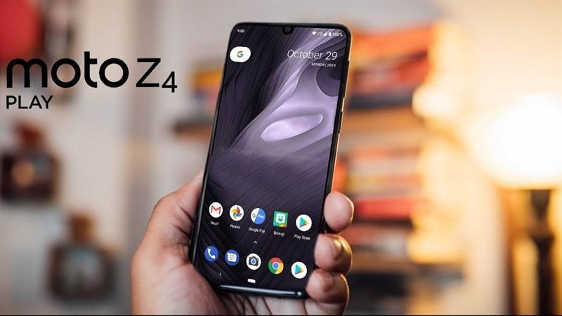 Motorola P40 & Moto Z4 Play lộ diện thông qua bộ ốp lưng trong suốt