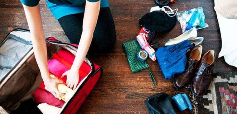 7 mẹo gấp quần áo vào vali gọn gàng, mang theo được nhiều rất quần áo