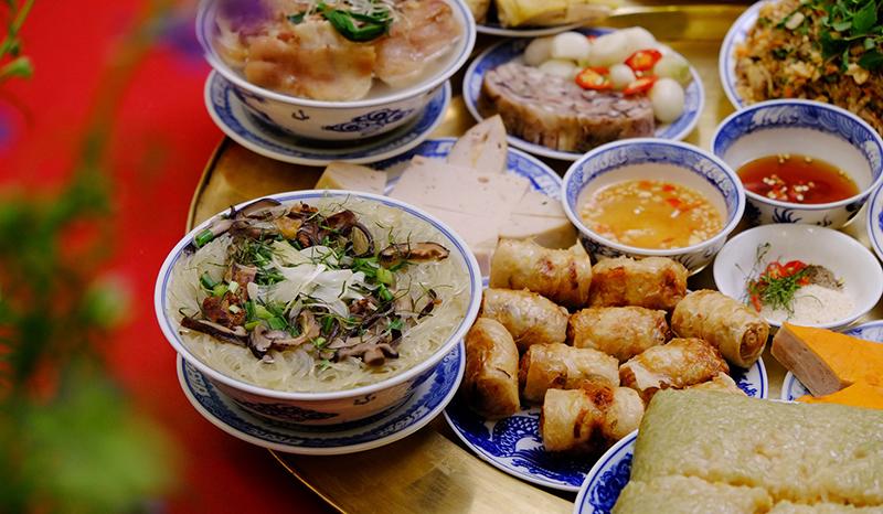 Các món ăn trong mâm cỗ - 8 bát