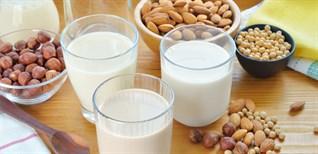 2 cách làm sữa óc chó hạnh nhân lạ miệng, bổ dưỡng cho mọi lứa tuổi