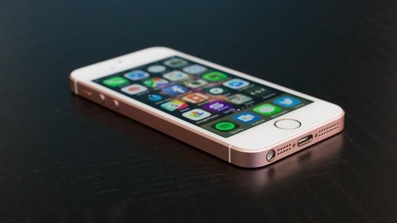 Apple bán iPhone SE trở lại, giá giảm mạnh