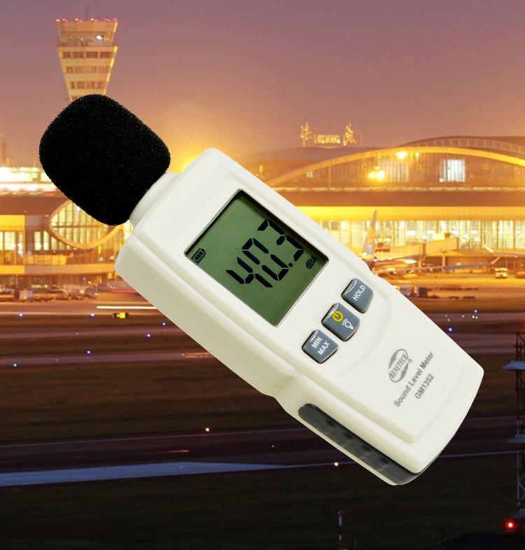 Máy đo mức cường độ âm thanh