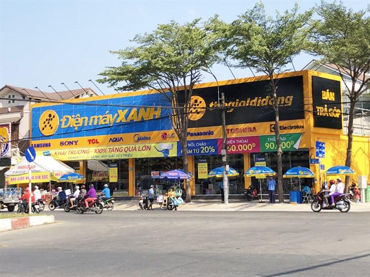 Siêu thị điện máy xanh tại 54-56 đường số 7, P. Bình Trị Đông B, Q. Bình Tân, TP. HCM (Khu Tên Lửa - Ngã 4 đường số 7 và số 6).