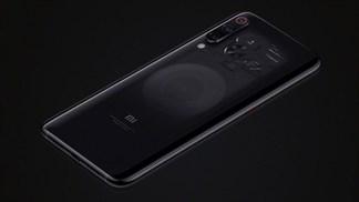 """Xiaomi thừa nhận mặt lưng trong suốt của Mi 9 chỉ là """"ánh trăng lừa dối"""""""