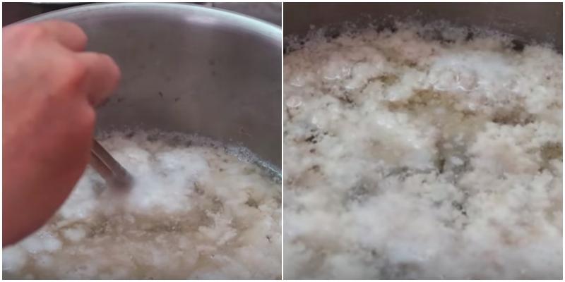Khi bạn thấy nồi nước bắt đầu nổi bọt, nước trong nồi cũng trong hơn thì dùng đũa để đẩy phần thịt còn sót lại dưới đáy nồi nổi lên theo.
