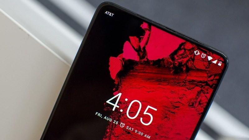 Essential Phone 2 sẽ có màn hình không lỗ, không notch và không viền?