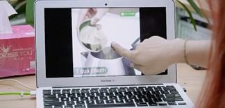 Lau sạch vết bẩn trên màn hình laptop chỉ với nước rửa tay