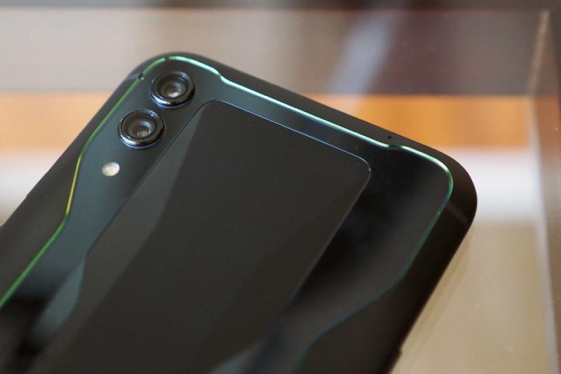 Đánh giá Xiaomi Black Shark 2: Gaming phone có gì HOT? - 259314