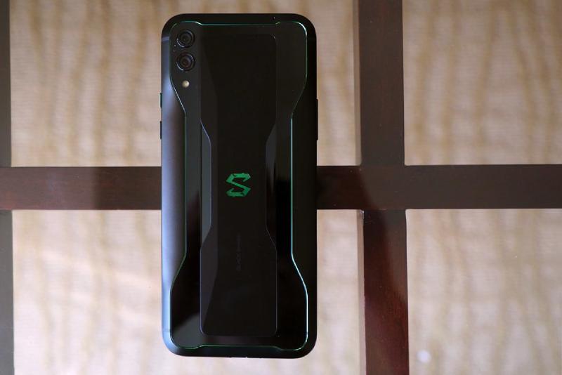 Đánh giá Xiaomi Black Shark 2: Gaming phone có gì HOT? - 259303