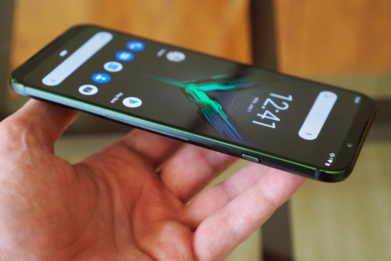 Đánh giá Xiaomi Black Shark 2: Gaming phone có gì HOT? - 259304