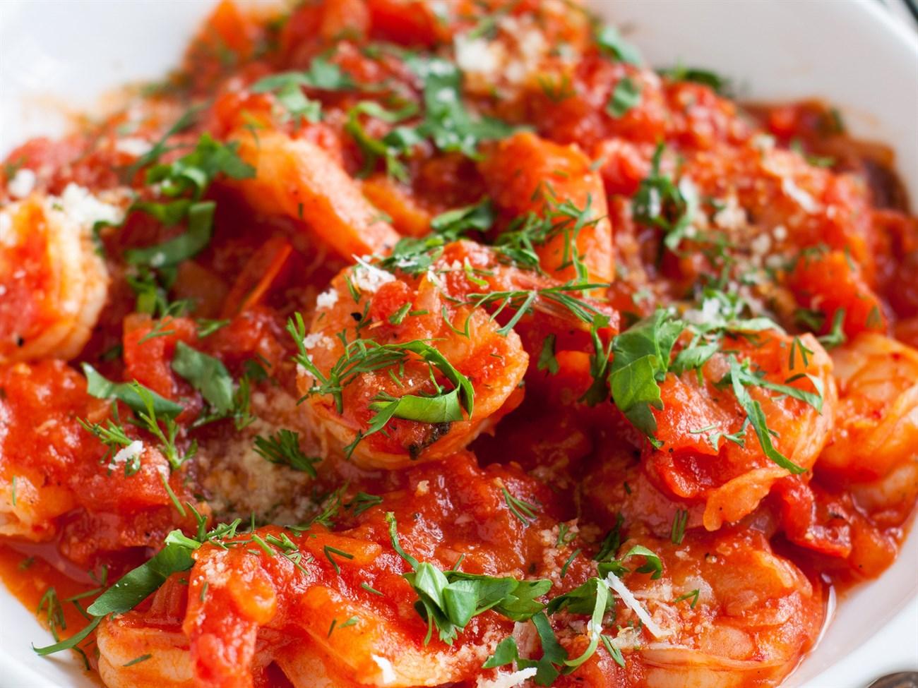 Cách làm món tôm xào cà chua
