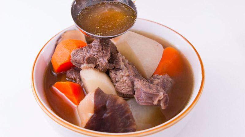 Canh củ cải và cá rốt mát gan