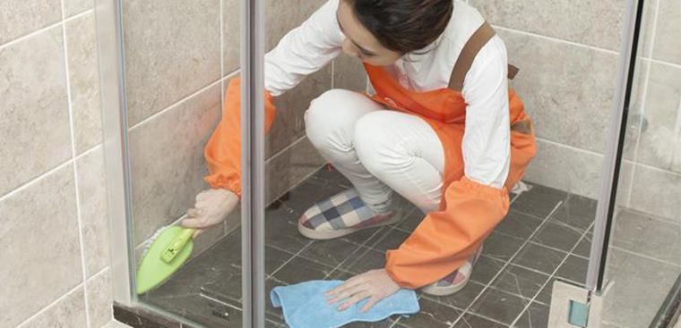 Các bước khử mùi hôi trong nhà vệ sinh chuẩn và hiệu quả nhất