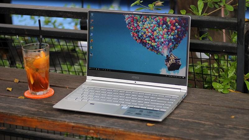 Top 5 laptop mỏng nhẹ với nhiều khuyến mãi, đáng sắm cuối tuần