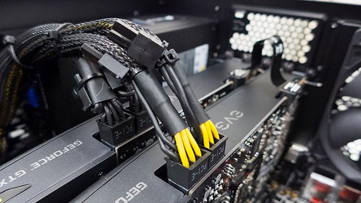 Lắp nguồn phụ cho VGA từ PSU.