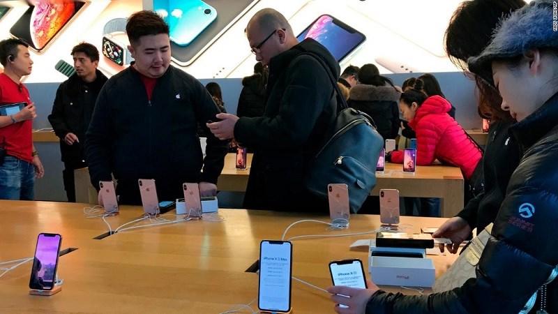 Căng thẳng thương mại Mỹ-Trung sẽ ảnh hưởng tới doanh số iPhone