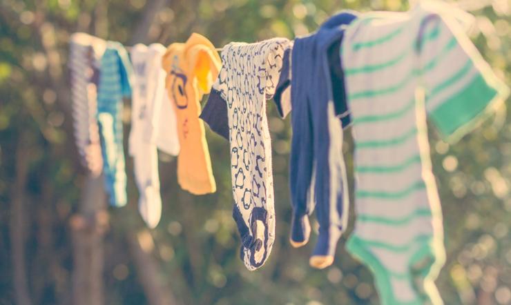 Cách giúp quần áo khô nhanh trong những ngày mưa