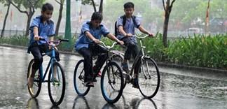 Dầm mưa cực thích nhưng rất có hại cho sức khỏe của bạn