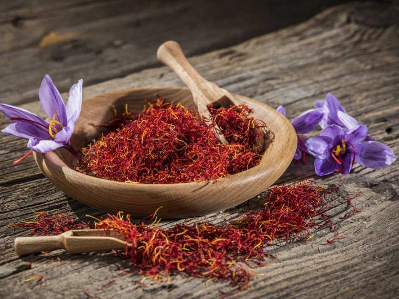 Dùng nhụy hoa nghệ tây như thế nào để có một làn da đẹp, một sức khỏe cường tráng