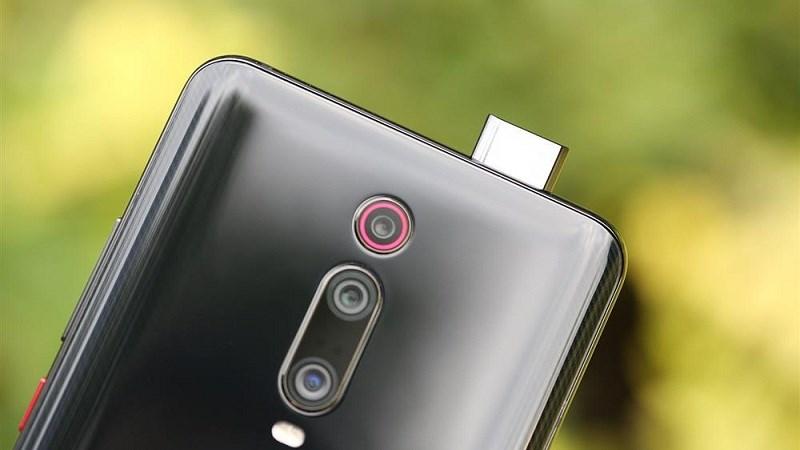 Trên tay Redmi K20 Pro: Camera selfie pop-up, 3 camera sau, giá 8.4 triệu