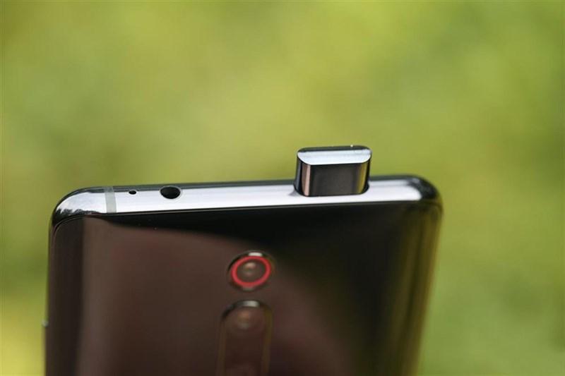 Thời gian camera selfie pop-up của Redmi K20 Pro bật lên trong khoảng 0.8 giây