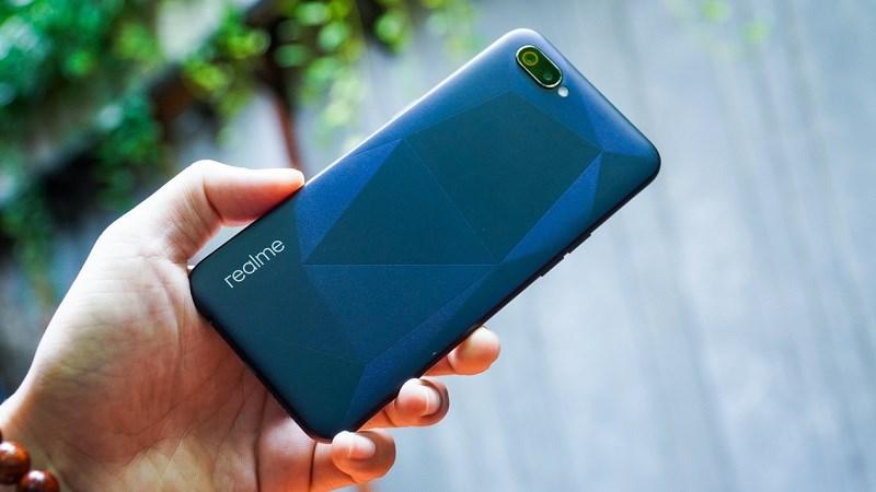 Realme C2 16 GB đã rẻ mà còn được giảm giá tốt, thời gian có hạn