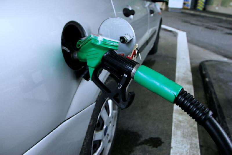 Xăng giả gây hại cho động cơ xe của bạn như thế nào?