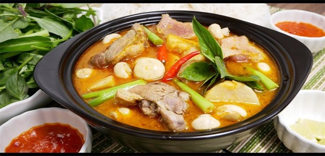 Vì sao Tết Đoan Ngọ lại ăn vịt nấu chao?