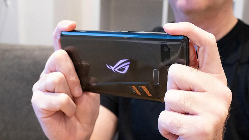 ASUS ROG Phone 2 sẽ sở hữu màn hình 120Hz, ra mắt vào tháng tới
