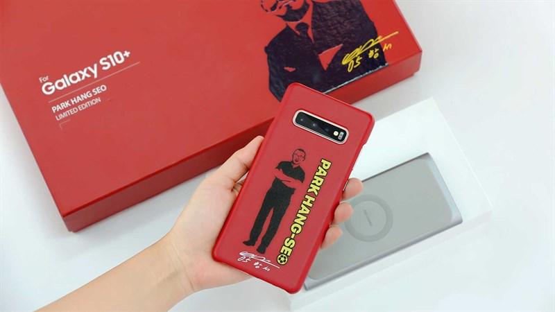 Đặt mua Galaxy S10+ Park Hang-Seo: Giảm sốc 5 triệu đồng, tặng nhiều quà - ảnh 1