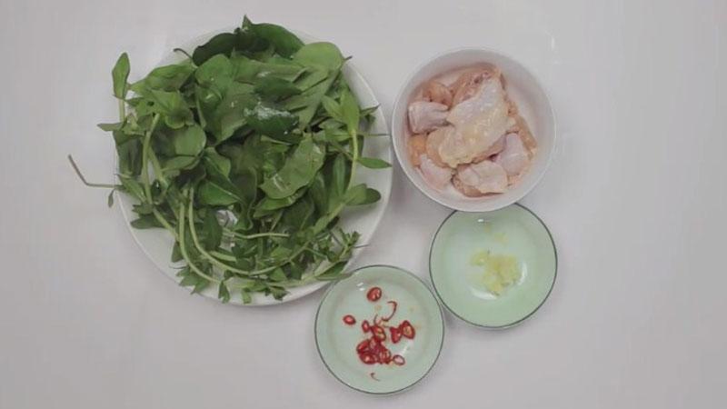 Nguyên liệu nấu canh gà lá giang