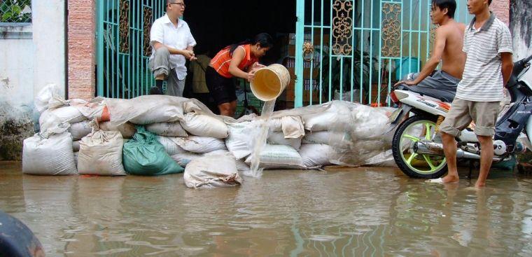 Những biện pháp ngăn chặn nước ngập vào nhà hiệu quả