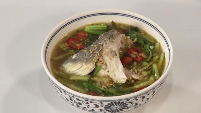 Tìm đâu xa cách làm canh cá chép rau cần ngon nóng hổi vừa thổi vừa ăn