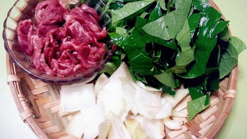 Nguyên liệu làm thịt bò xào lá lốt