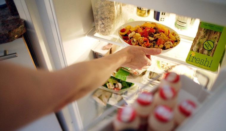 Bảo quản thực phẩm trong tủ lạnh sai cách và hậu quả khôn lường?