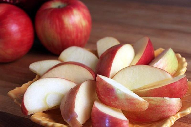 Mách nàng thực đơn giảm cân với quả táo