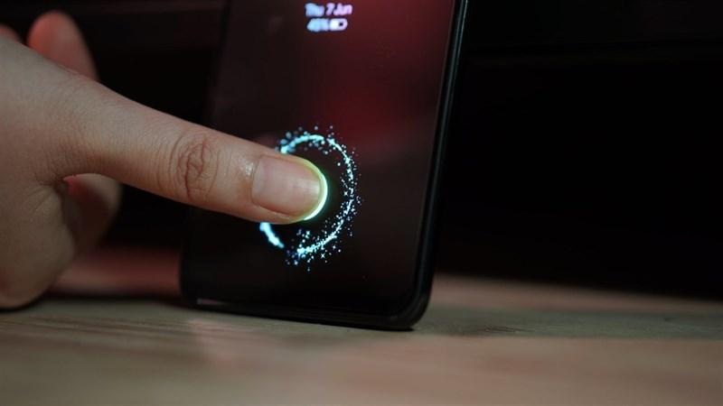 Màn hình LCD hỗ trợ cảm biến vân tay bên dưới sẽ có mặt trong năm nay