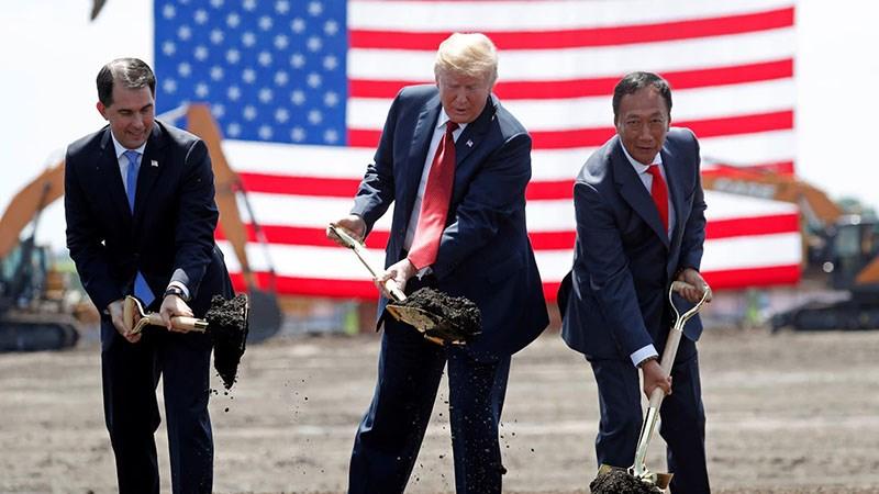 Trump vs Foxconn