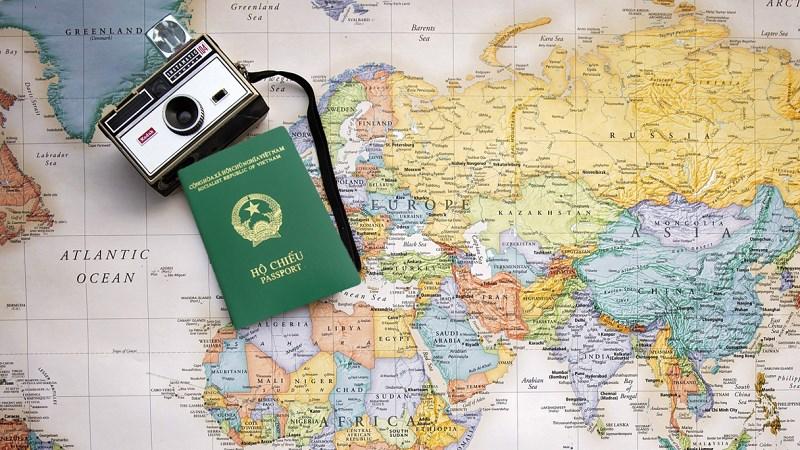 làm hộ chiếu