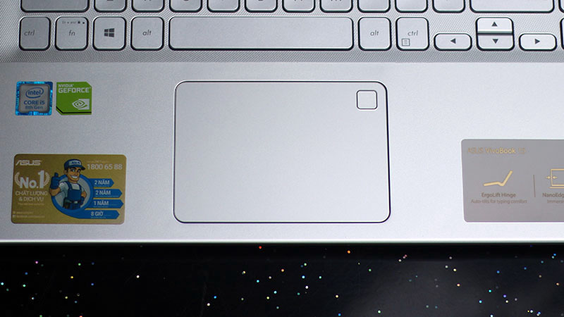 Trên tay ASUS Vivobook 15: Laptop sinh viên đáng sắm mùa tựu trường - ảnh 8