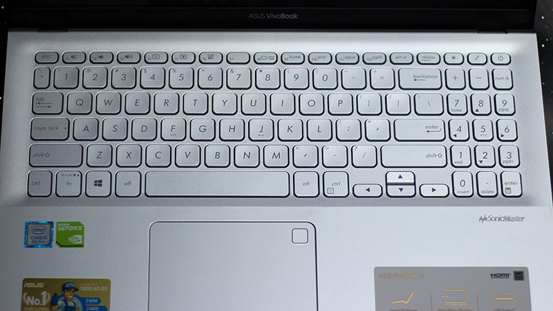 Trên tay ASUS Vivobook 15: Laptop sinh viên đáng sắm mùa tựu trường - ảnh 7