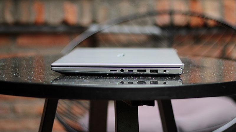 Trên tay ASUS Vivobook 15: Laptop sinh viên đáng sắm mùa tựu trường - ảnh 5